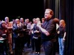 """Ed Schultz talks to VIPs at the """"meet & greet"""""""